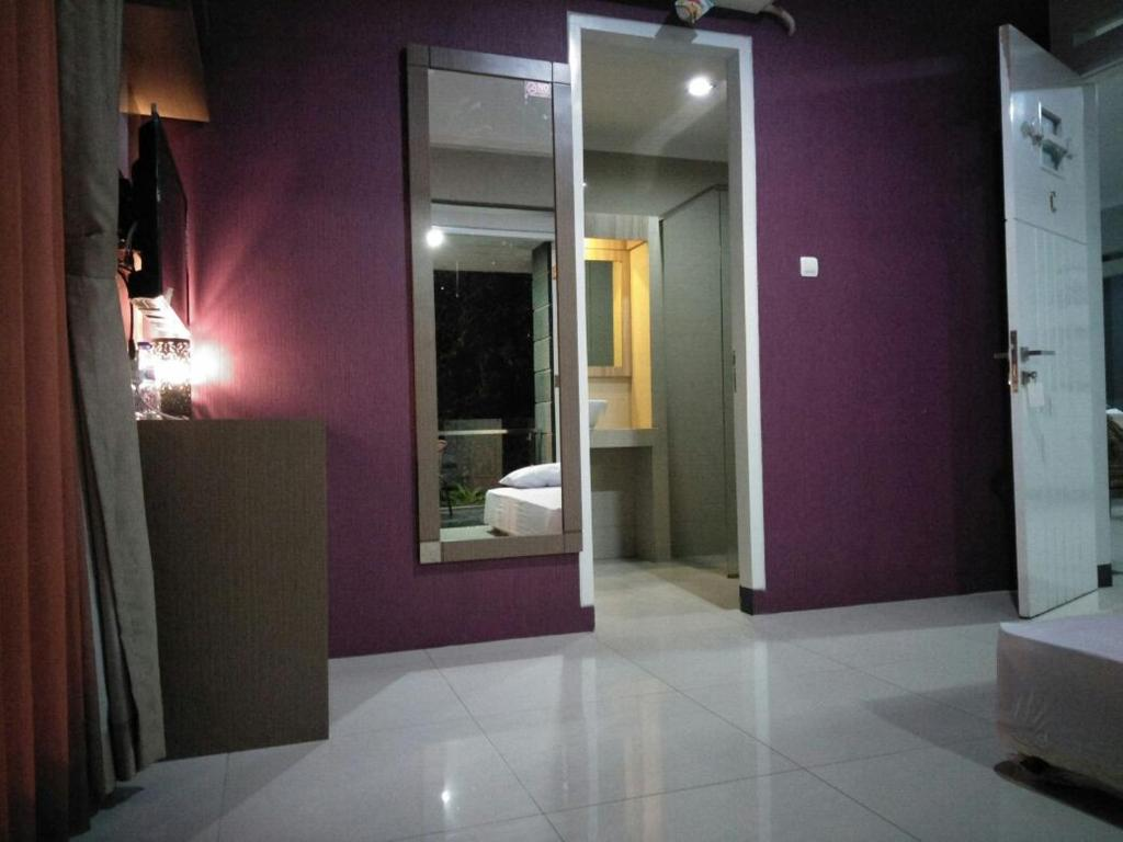 Mini Guest House Tasikmalaya, Indonesia - Booking.com on kitchen set kecil, kitchen set mewah, kitchen set jual, kitchen set sederhana,