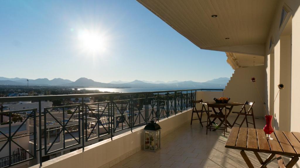 Apartment Casino Royal in Loutraki, Greece - Booking com