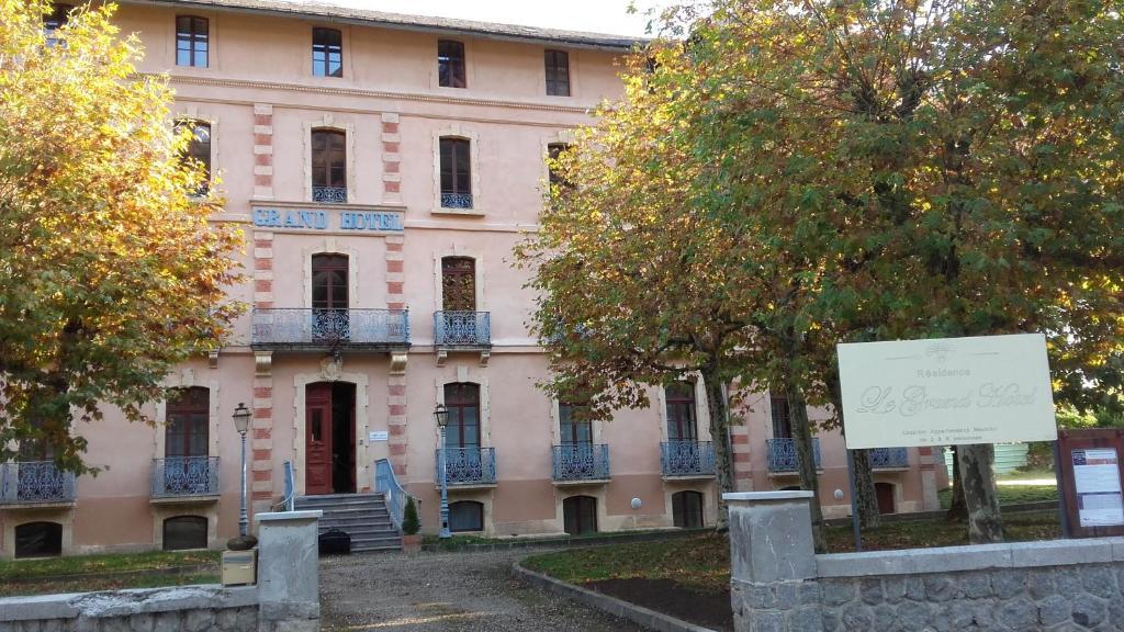 Apartments In Oust Midi-pyrénées