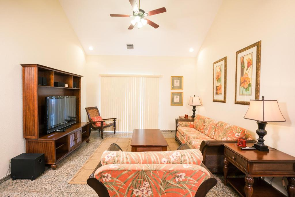 Apartments In Man Of War Cay