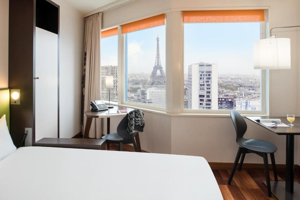 Adagio Paris Tour Eiffel Reviews