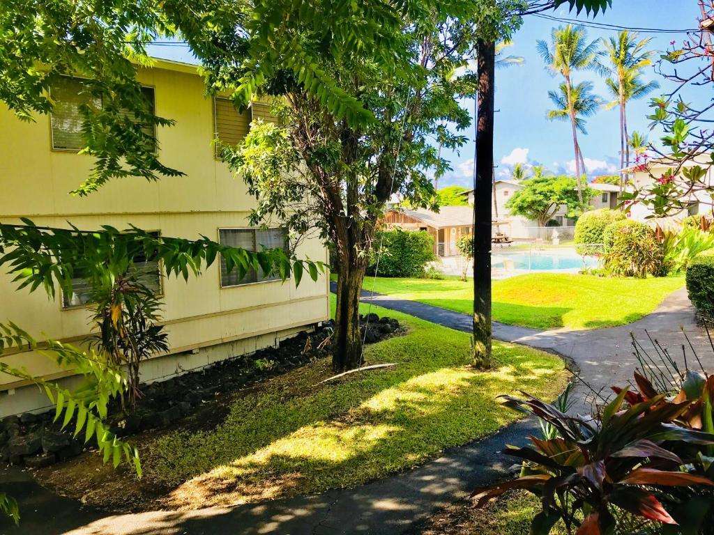 Palani condo kailua kona hi booking gallery image of this property solutioingenieria Image collections