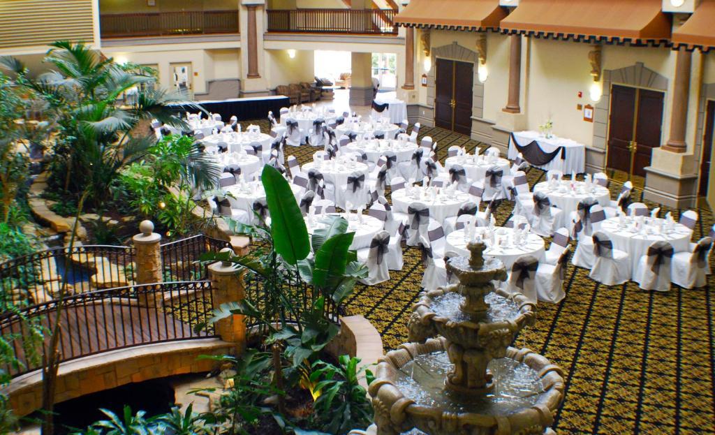 Radisson Hotel El Paso Airport