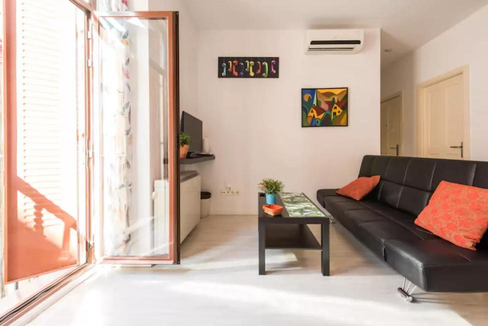 Cozy Apartment For Couples In The Heart Of Madrid Madrid Spain