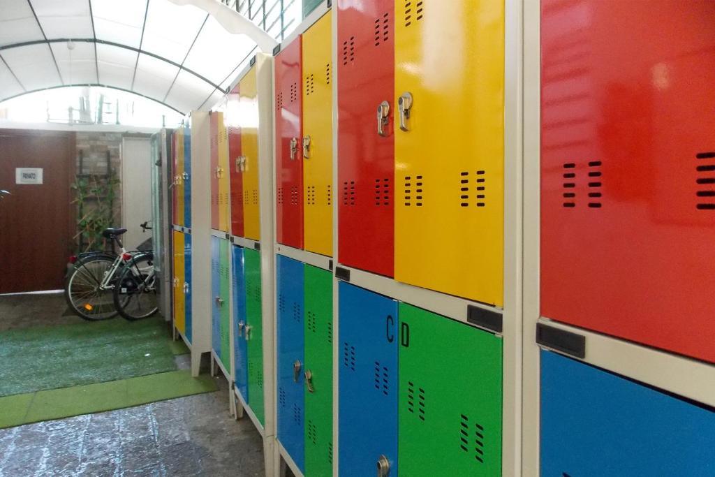 Hostel Colours