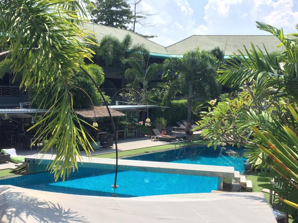 Momento Resort, Pattaya South – Updated 2018 Prices
