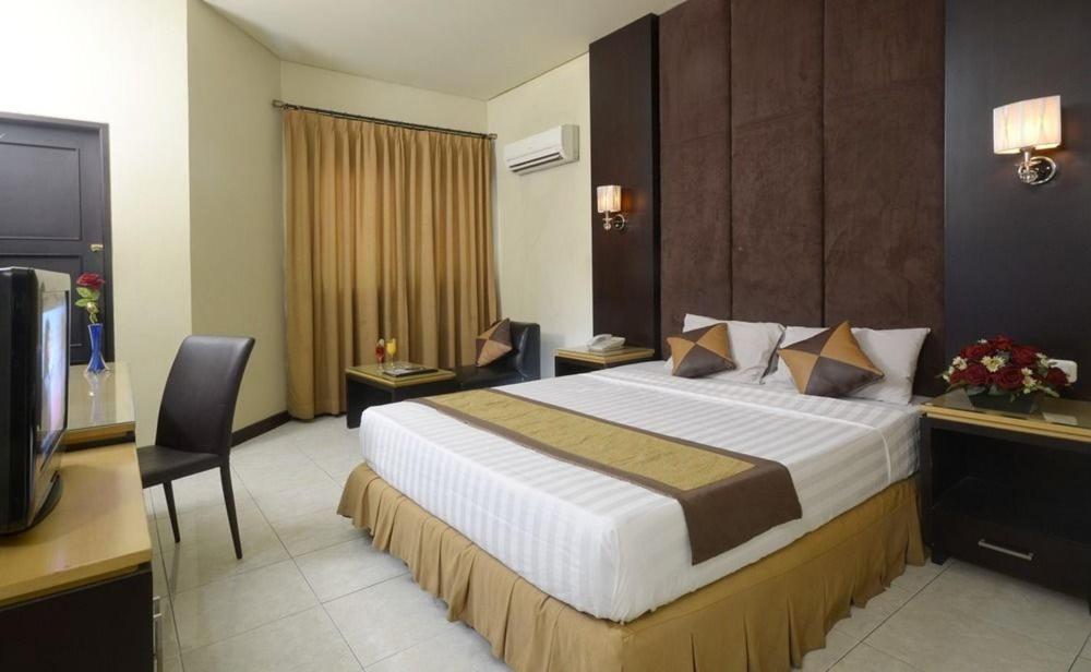 C One Hotel Pulomas Indonesien Jakarta Booking Com
