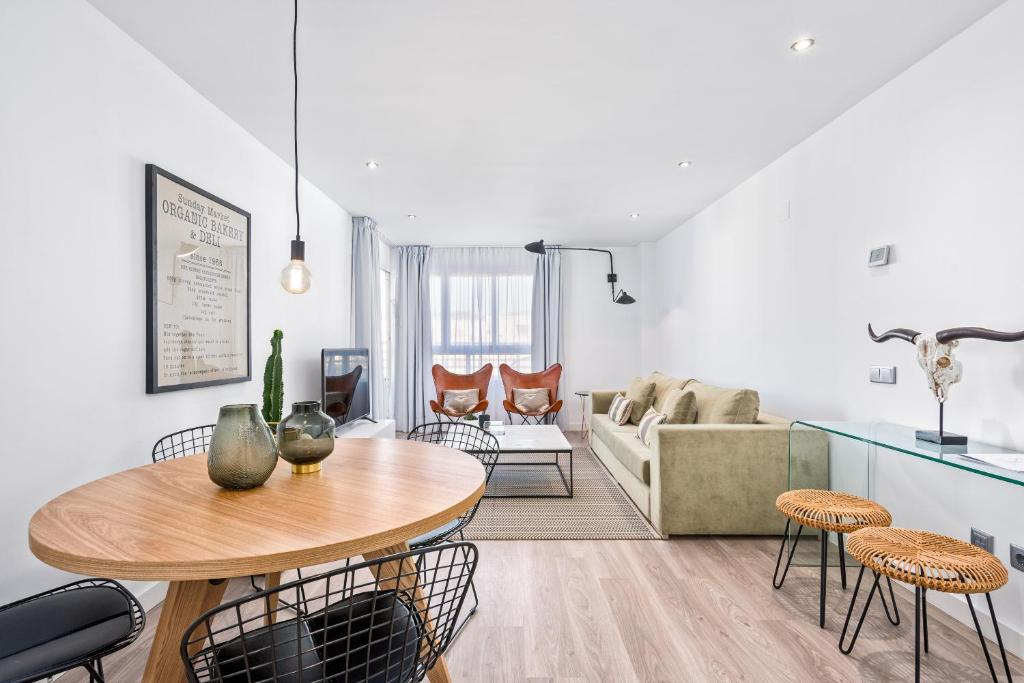 Apartment Iloftmalaga Ciudad De La Justicia Malaga Spain Booking Com