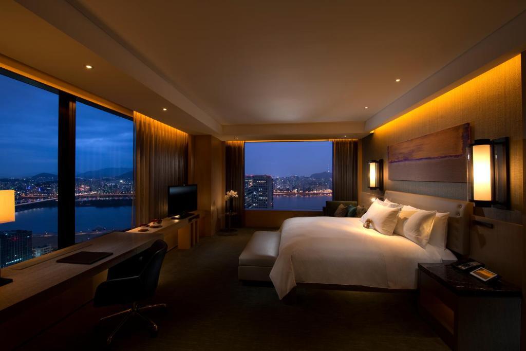 Conrad seoul s oul tarifs 2018 for Habitacion de hotel bajo el mar