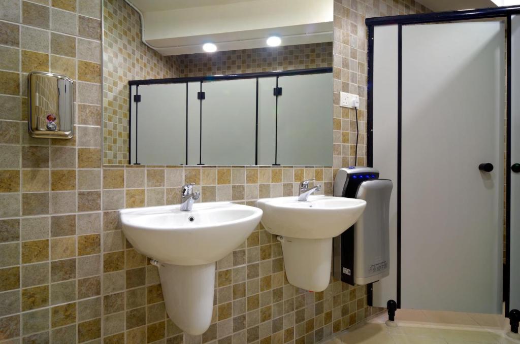 gallery image of this property - Bathroom Accessories Kota Kinabalu