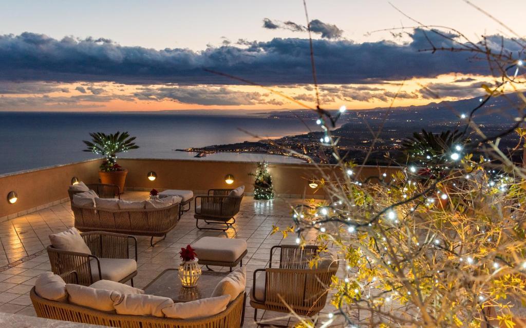 Villa Le Terrazze Charming Rooms, Taormina – Prezzi aggiornati per ...