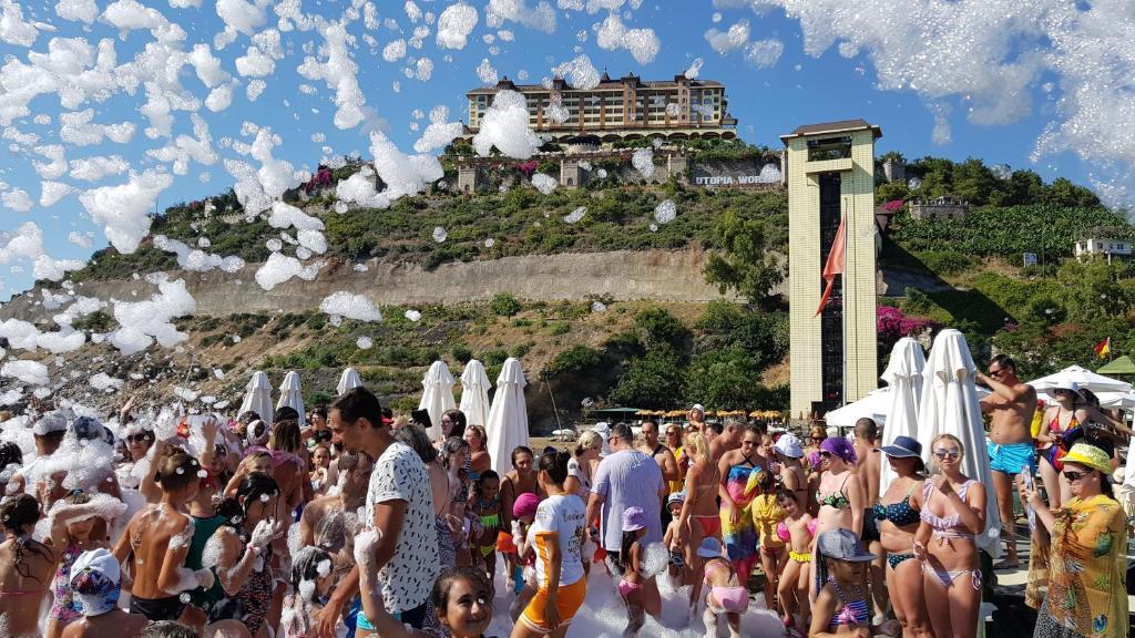 Resort utopia world kargicak turkey booking gallery image of this property reheart Gallery