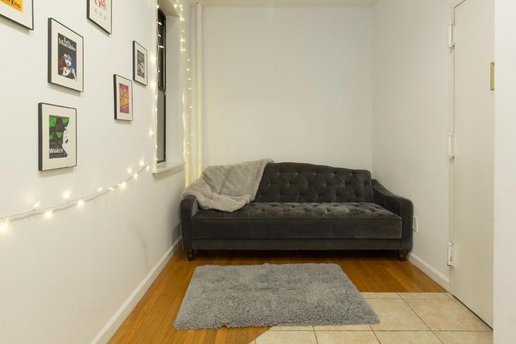 cosy 1 bed apartment midtown west new york city ny booking com