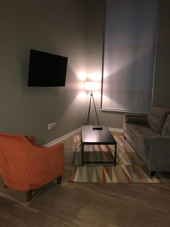 Gallery image of this property & Benson Lights Apartments Omaha NE - Booking.com