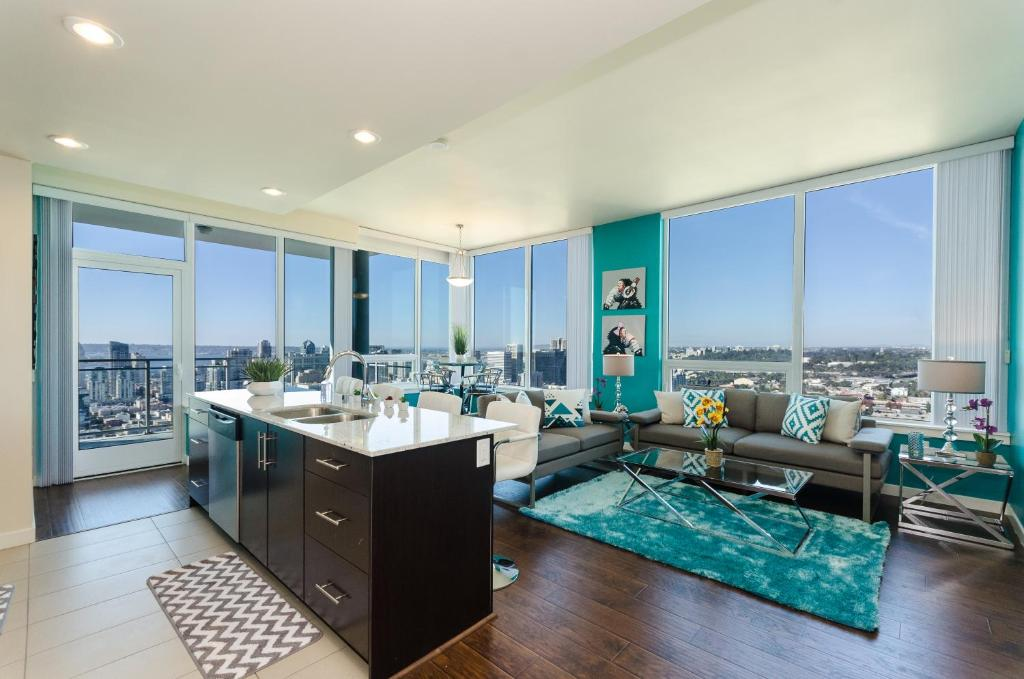 Apartment Popular Downtown San Diego Presidential 3br 2ba Penthouse