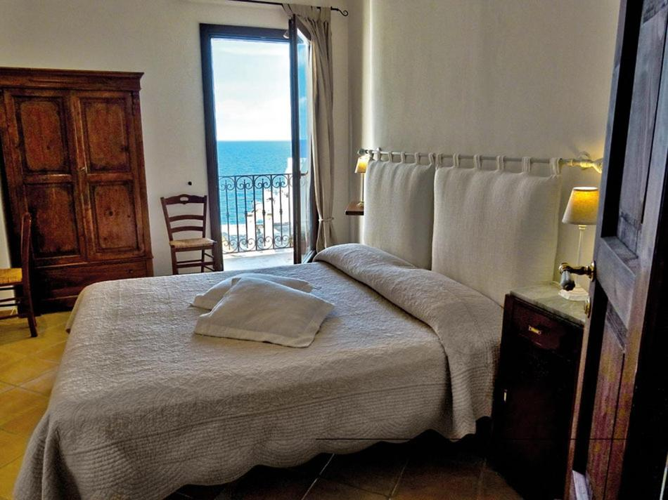 A bed or beds in a room at B&B Casa Dorsi