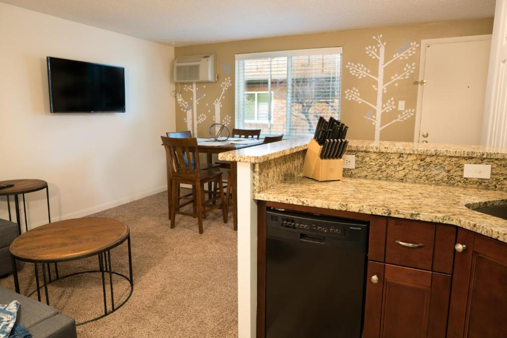 Apartments In Columbine Airpark Colorado