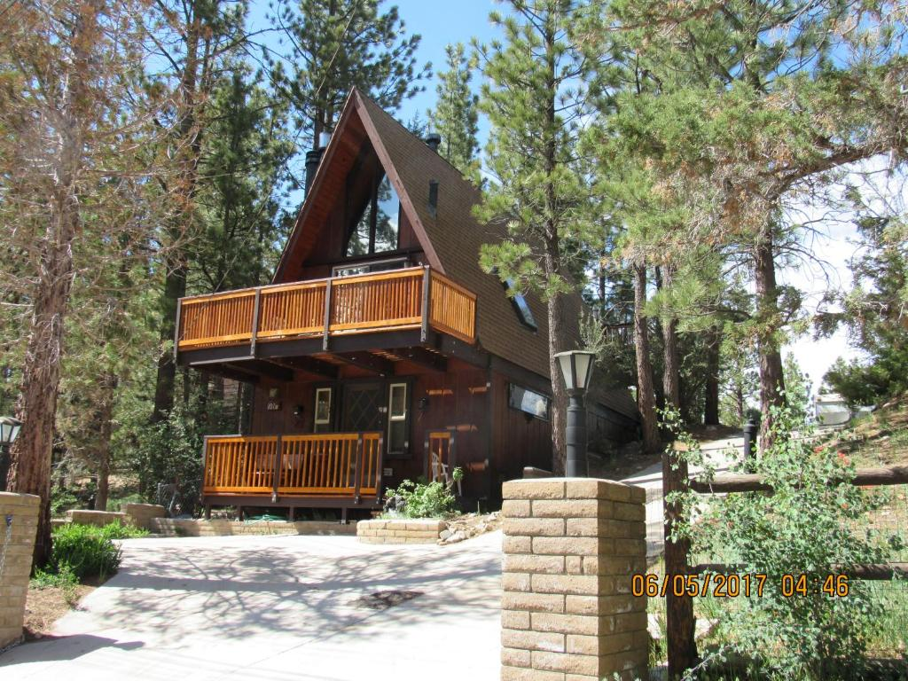 village rentals bear lake youtube big alpine service reservation watch cabins cabin treehouse