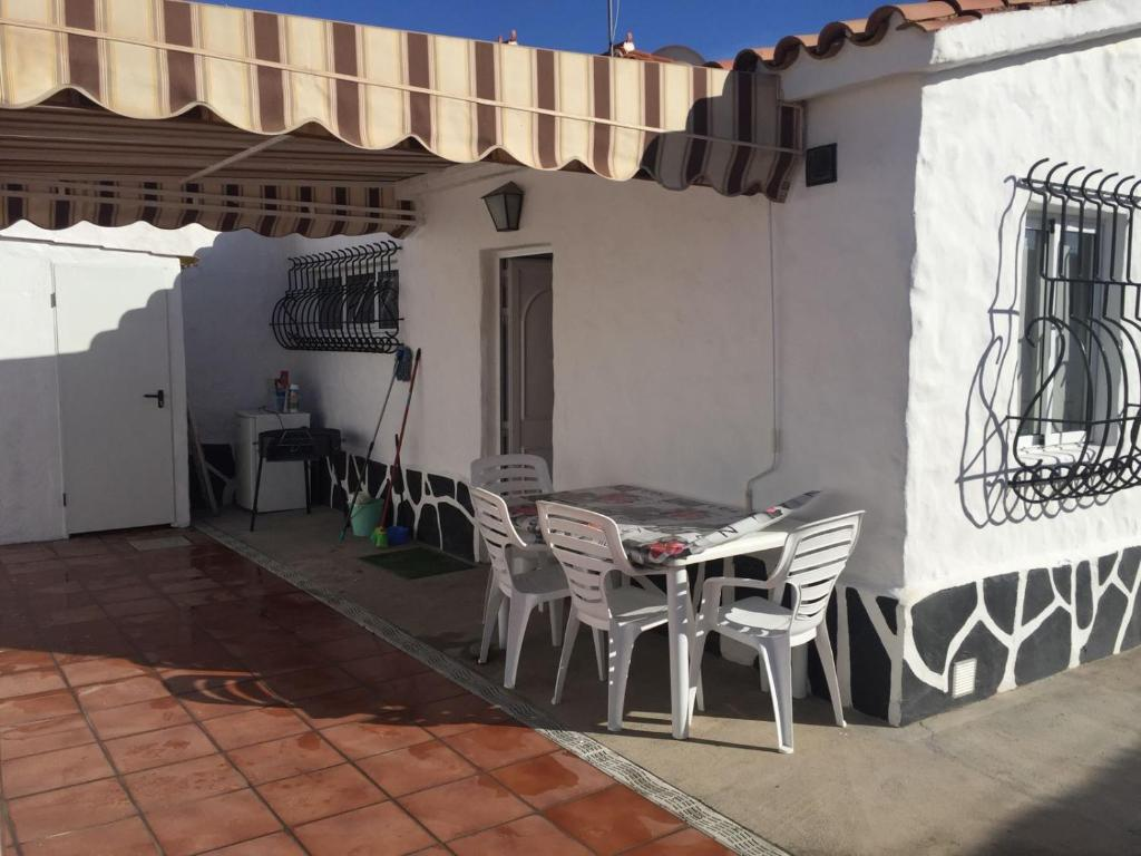 Gallery image of this property · +20 photos. Close ×. Bungalow Los Porches
