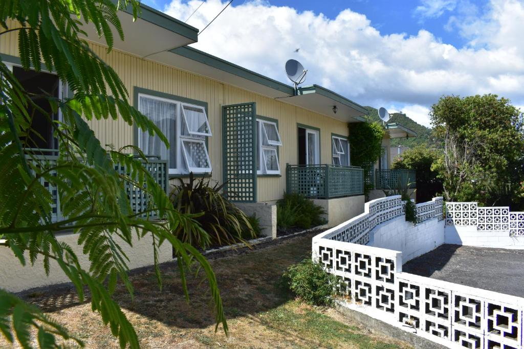 Bellbird Motels Picton New Zealand Booking Com