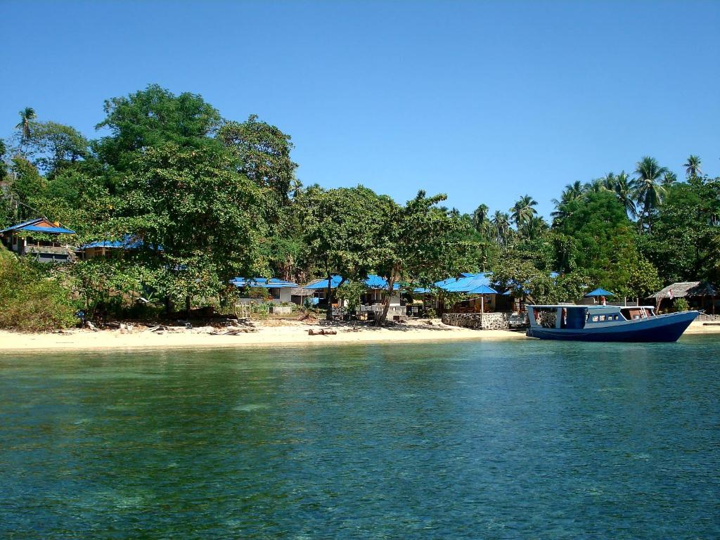 Bunaken Beach Resort, Indonesia - Booking.com
