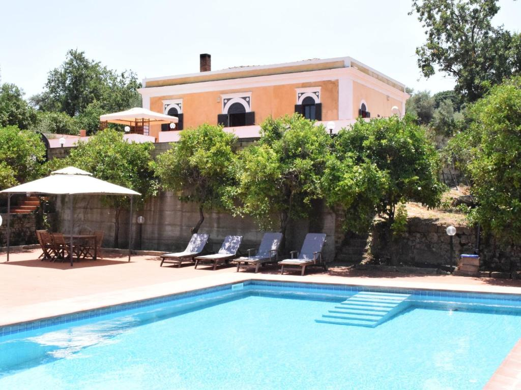 Nearby hotel : Holiday Home Cirico Carlentini