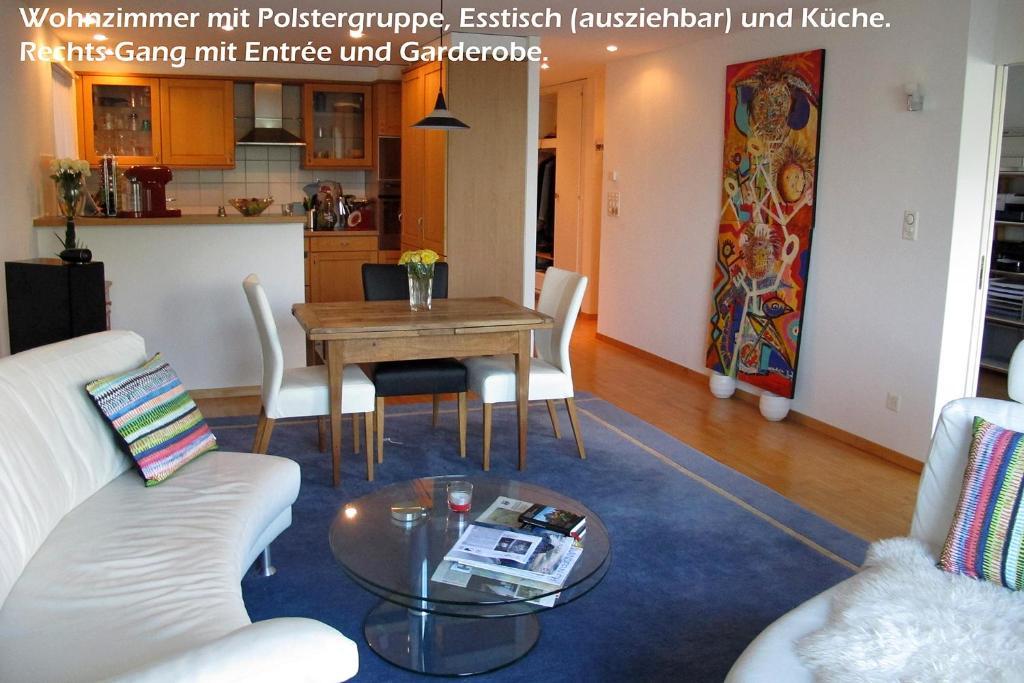 Apartment Wohnung am Vierwaldstättersee, Brunnen, Switzerland ...