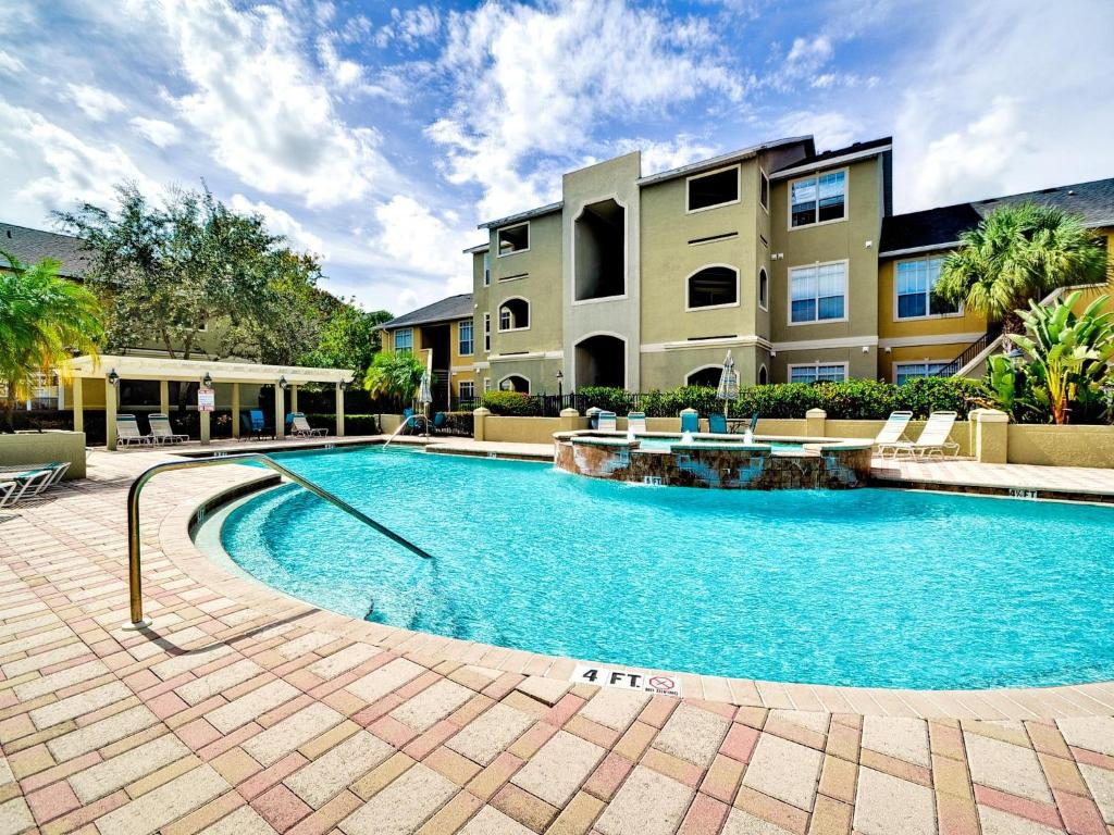 Apartments In Four Corners Florida