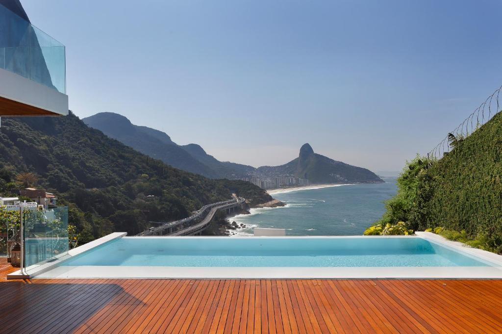 holiday home home in rio rio de janeiro brazil. Black Bedroom Furniture Sets. Home Design Ideas
