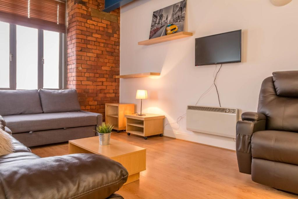 Gallery Image Of This Property 23 Photos Close Modern City Centre Apartment