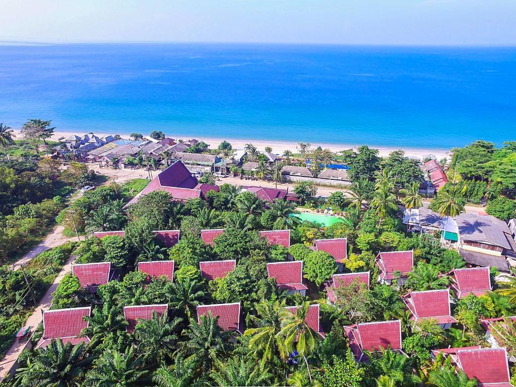 Lanta Klong Nin Beach Resort Hotel - room photo 5405462