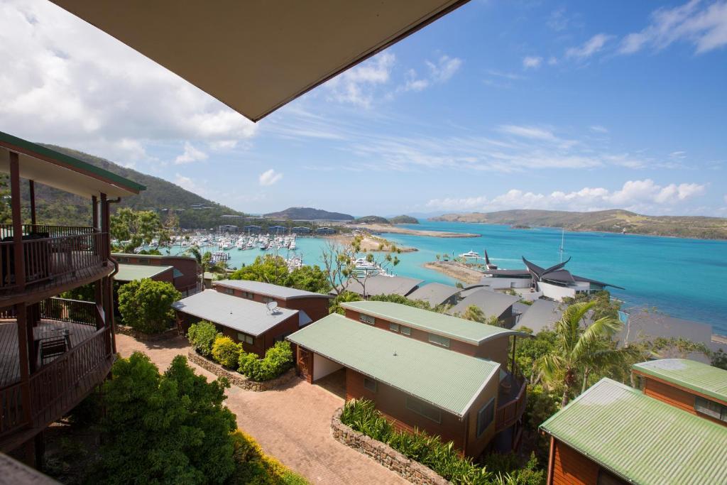 Apartment Casuarina Cove 13, Hamilton Island, Australia ...