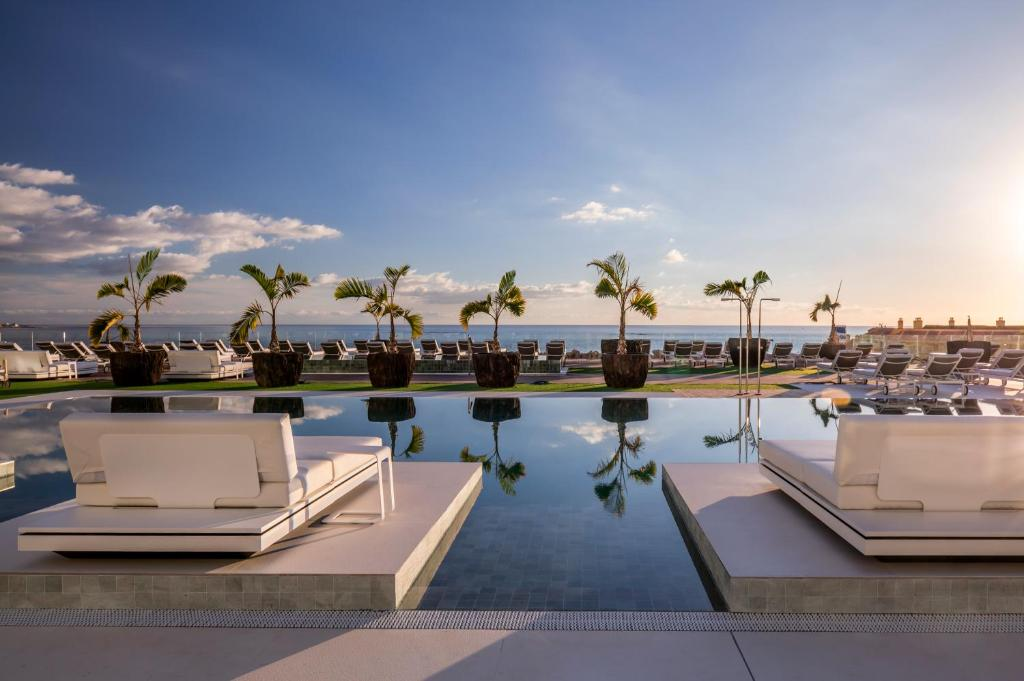The swimming pool at or near Royal Hideaway Corales Suites, by Barceló Hotel Group