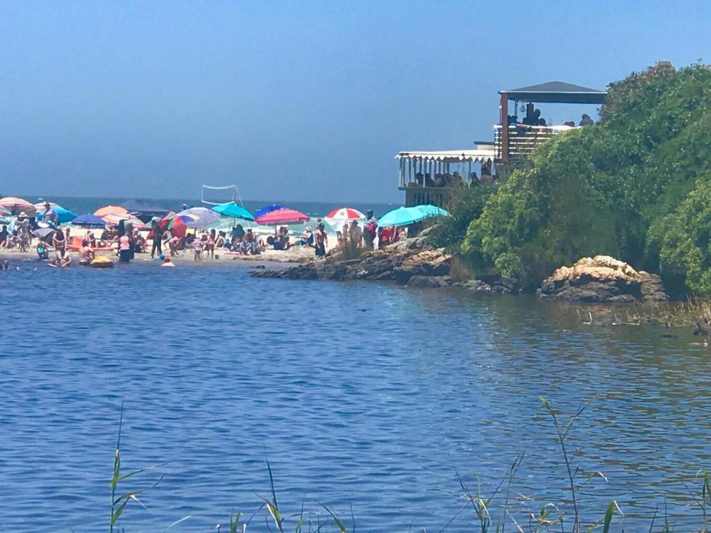 Kennedys Beach Villa, Hermanus – Updated 2018 Prices