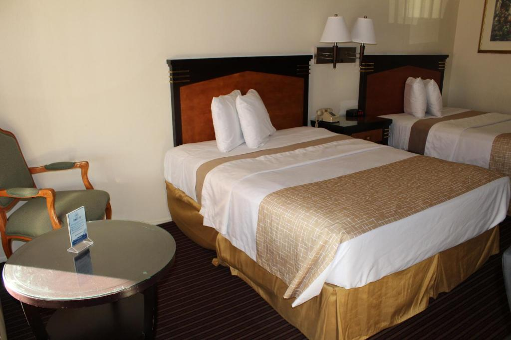 Travelodge buena park ca booking gallery image of this property colourmoves