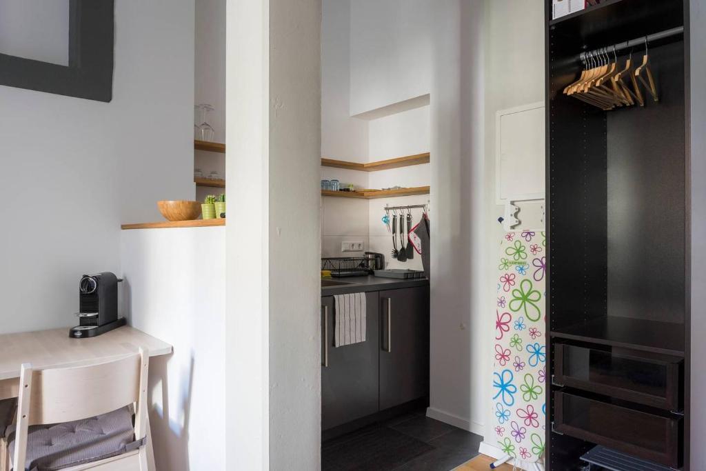 Apartment Schöne Einzimmerwohnung in bester, Freiburg im Breisgau ...
