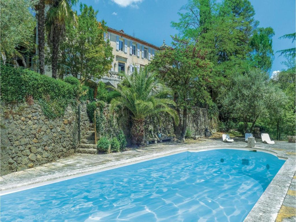Apartments In Saint Jean Du Pin Languedoc-roussillon