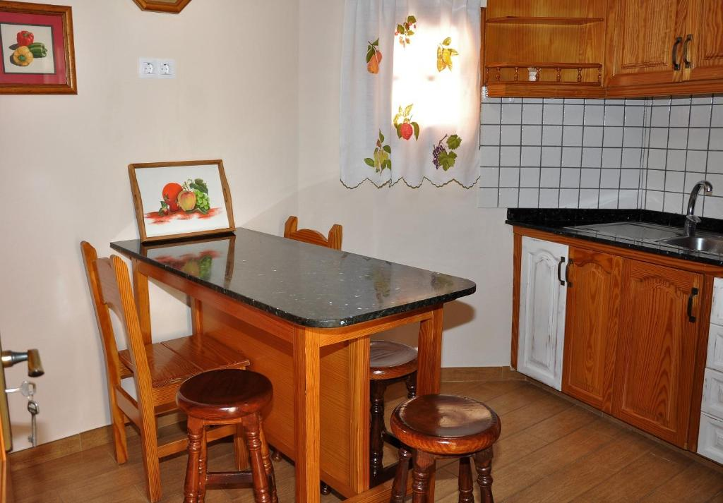 Vacation Home Casa Teresa Las Vegas Valsequillo Spain Bookingcom - Casa flooring las vegas