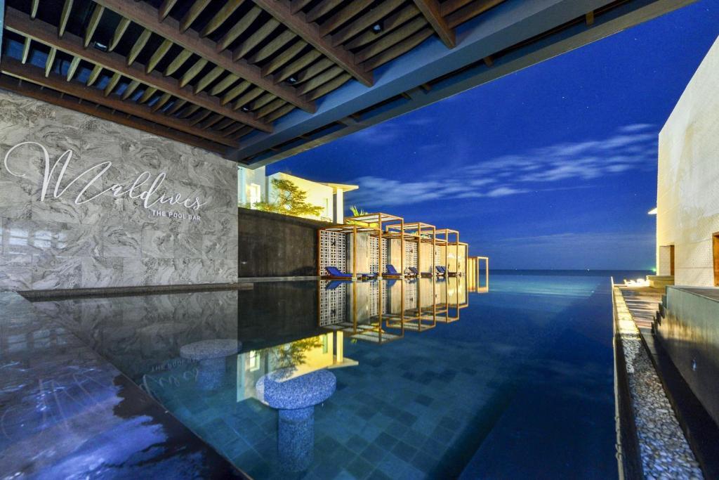 Maldives Beach Resort, Chao Lao Beach – Updated 2019 Prices