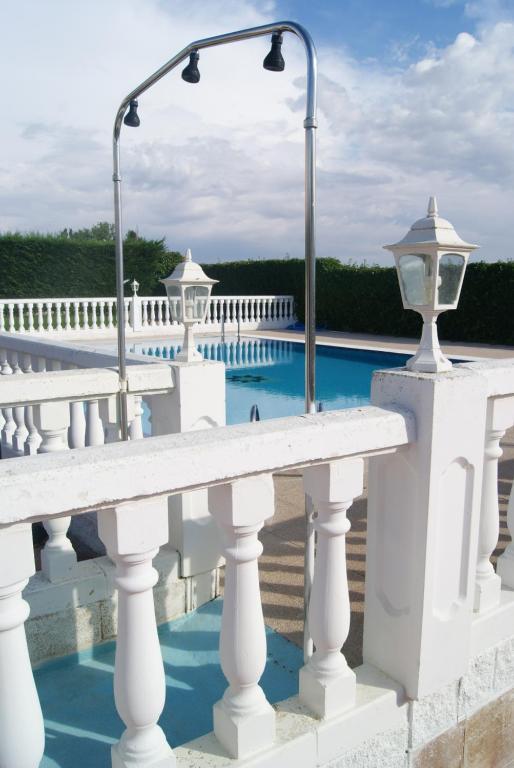 9beec1f2db Bazén v ubytovaní Hotel Mozárbez Salamanca alebo ...