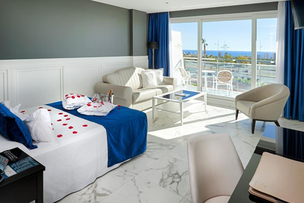 Grand Luxor Hotel - Terra Mítica® Theme Park, Benidorm – Updated ...