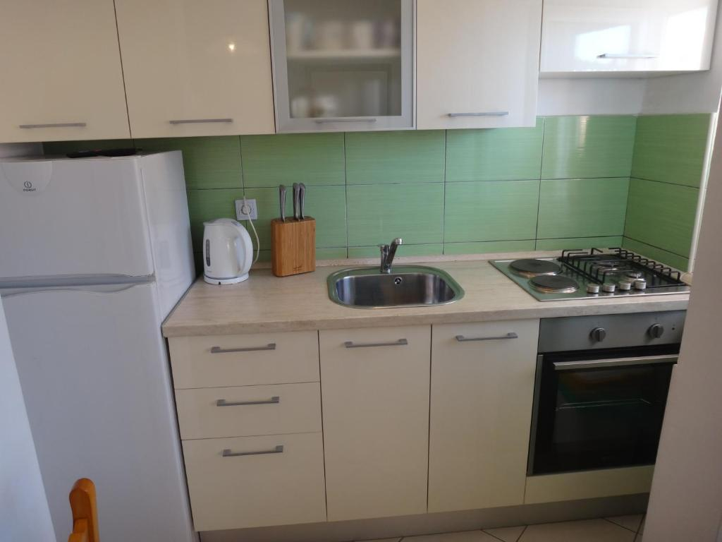Apartments Pavlov (Kroatien Tisno) - Booking.com