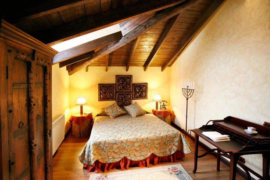 boutique hotels azofra  25
