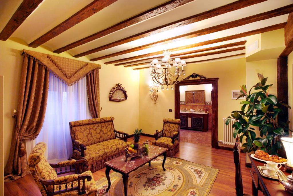 boutique hotels azofra  8
