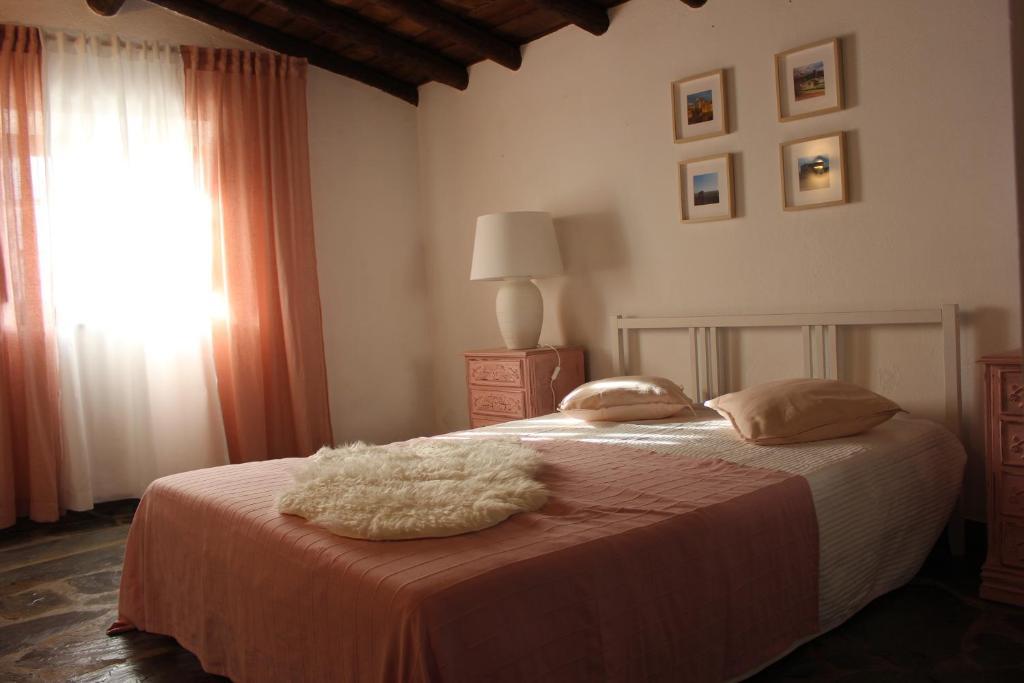 Bauernhof Monte Serrano (Portugal Venda) - Booking.com