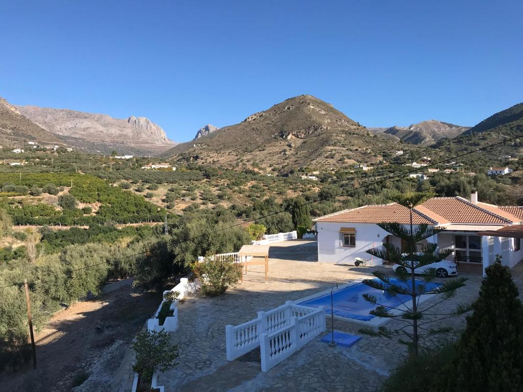 Casa la roca alcauc n updated 2019 prices for Casa la roca