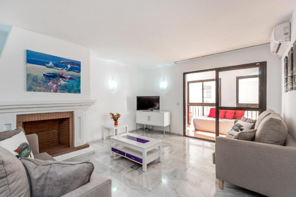 A seating area at 2 bedroom apartment in Puerto Banus
