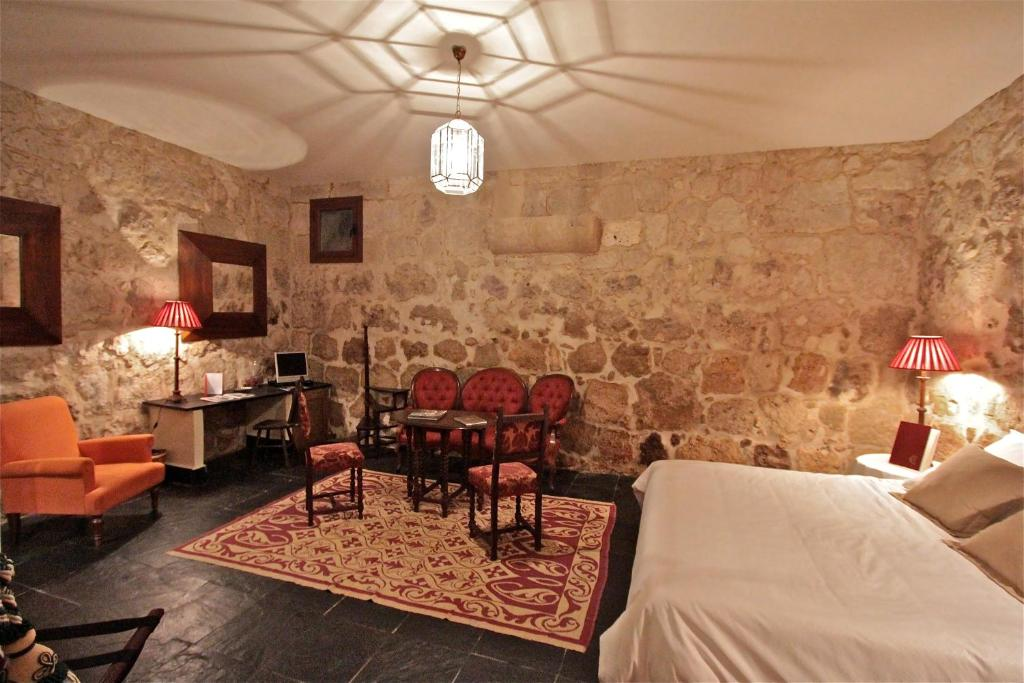 boutique hotels in villanueva de cañedo  13