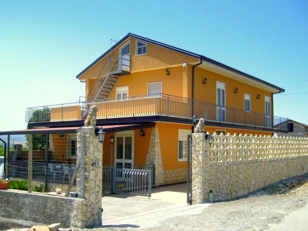 Hôtel proche : Holiday Home Lentini Sicilia Lentini