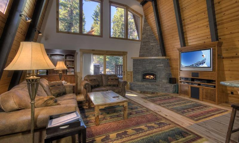 Pezzola Luxury Rental Cabin, Carnelian Bay – Updated 2019 Prices